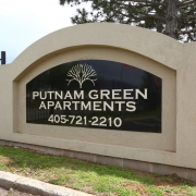 Putnam apartments logo