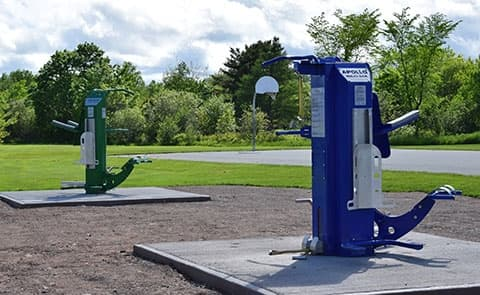 outdoor fitness equipment in parks